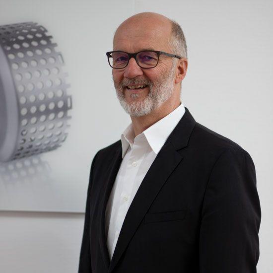 Dr.-Ing. Uwe Huchel