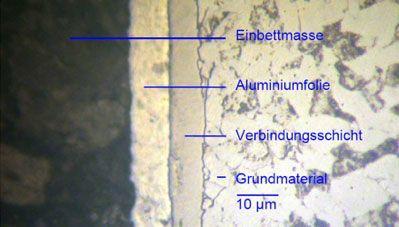 Metallografischer Schliff einer plasmanitrierten Verbindungsschicht auf 16MnCr5